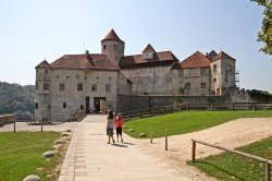 Замок Бургхаузен